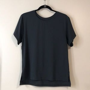 Lululemon Black t shirt